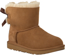UGG Bottillons MINI BAILEY BOW II KIDS en cognac